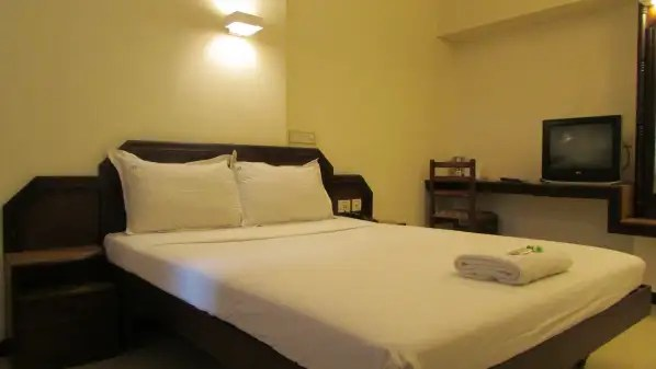 Hotel Mareena Regency Kochi Ernakulam Hotel Near