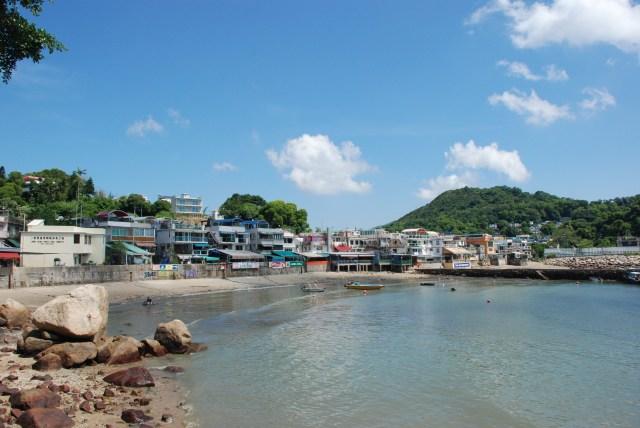 Le petit village où on débarque du ferry. Petites boutiques, restos de fruits de mer et petits bars. Très touristique