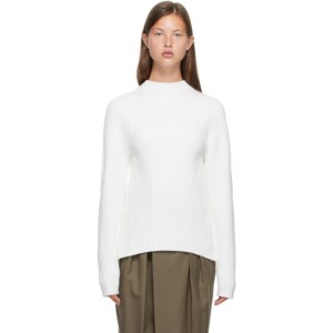 LOW CLASSIC Off-White Whole Garment Short Mock Neck