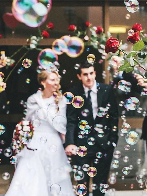 20 Hochzeitsspiele die jede Trauzeugin kennen muss  Stylight