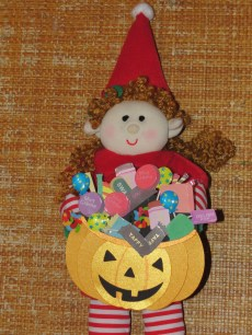 Elf ready to go trick or treat