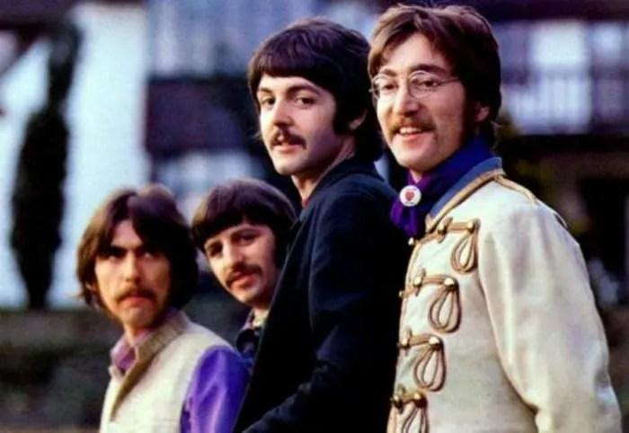 ¿Sabes cuando dinero ganan aún Los Beatles?