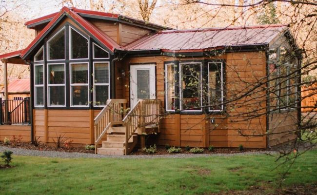 Small But Spacious Cottages With Tiny Carbon Foot Print