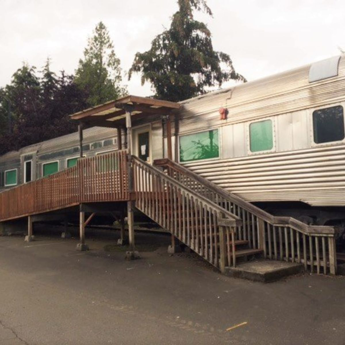 Historic Green Diamond Dining Car Tiny House For Sale In