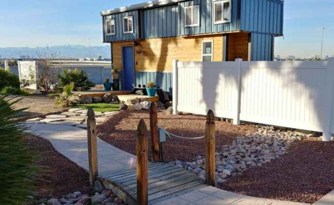 The Blue Baloo Tiny House For Rent In Las Vegas Nevada
