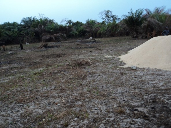 2 Plots of land approved for filling station at Abijoh facing Lekki – Epe expressway for sale