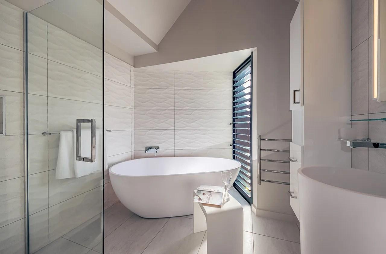 https trendsideas com stories wave textured tiles and sandy colour scheme match homes seaside setting