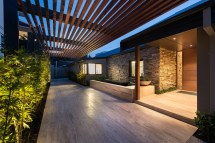 Hotel-style Porte-cochere Paved. - 9 Trends