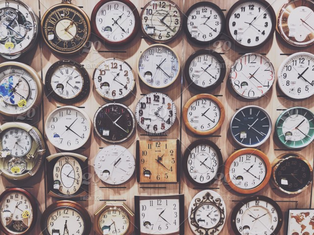 wall of clocks time