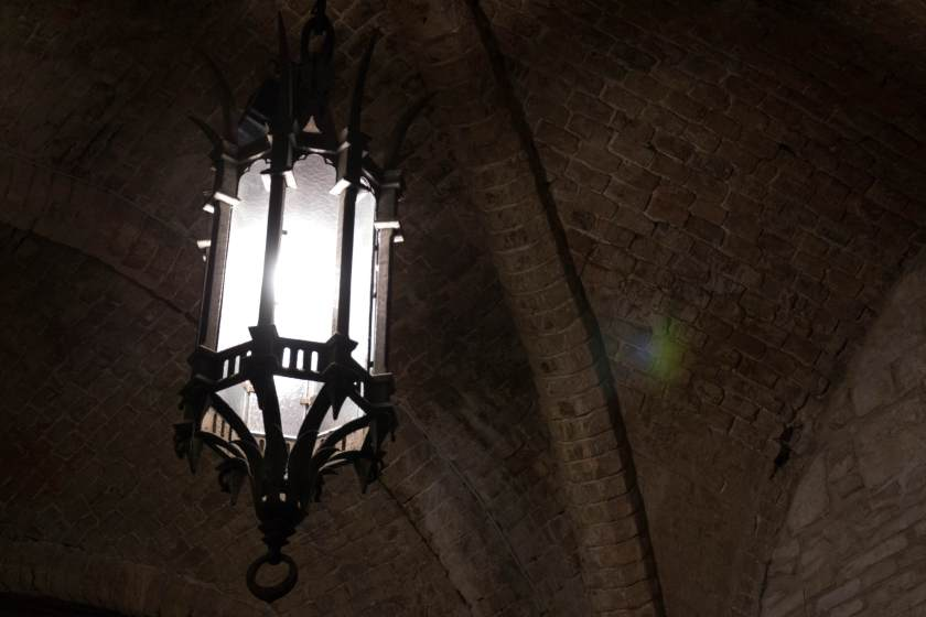 Atmosfera medievale a Palazzo dei Priori