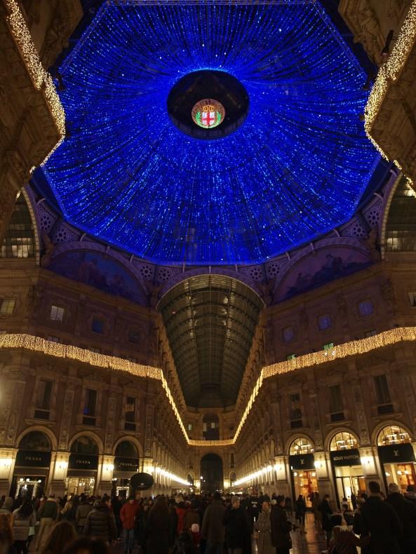 Galleria Vittorio Emanuele II illuminata per le feste
