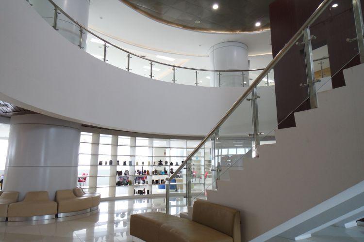 Main ke Gedung Baru Perpustakaan Nasional yang Tertinggi