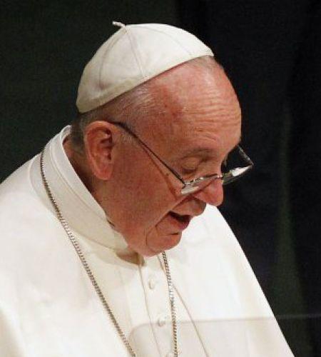 Image result for el papa habla a jovene y usa palabras de cancion