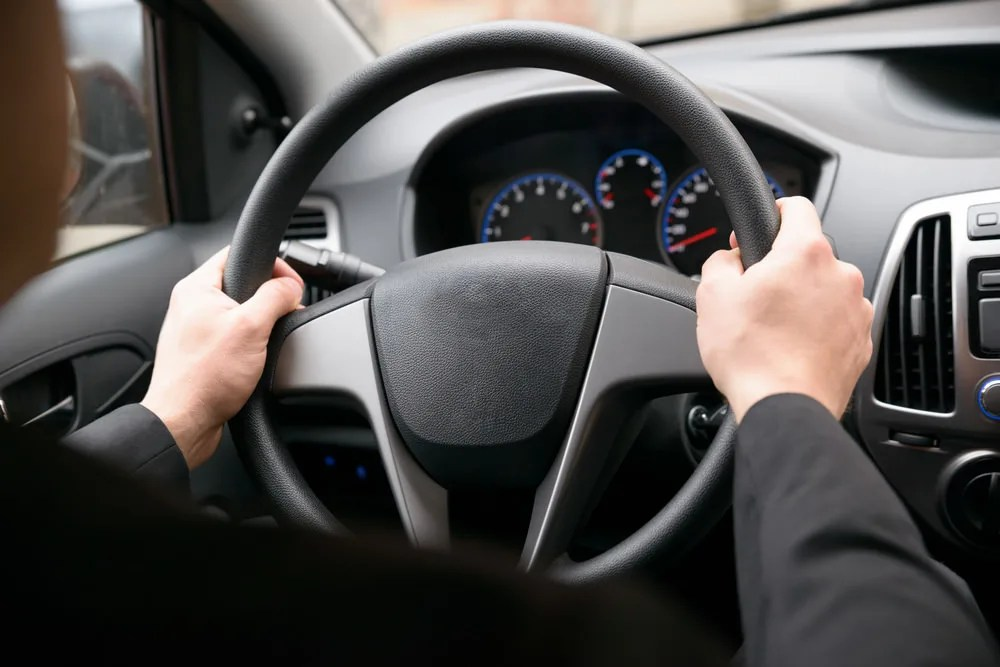 how does car steering