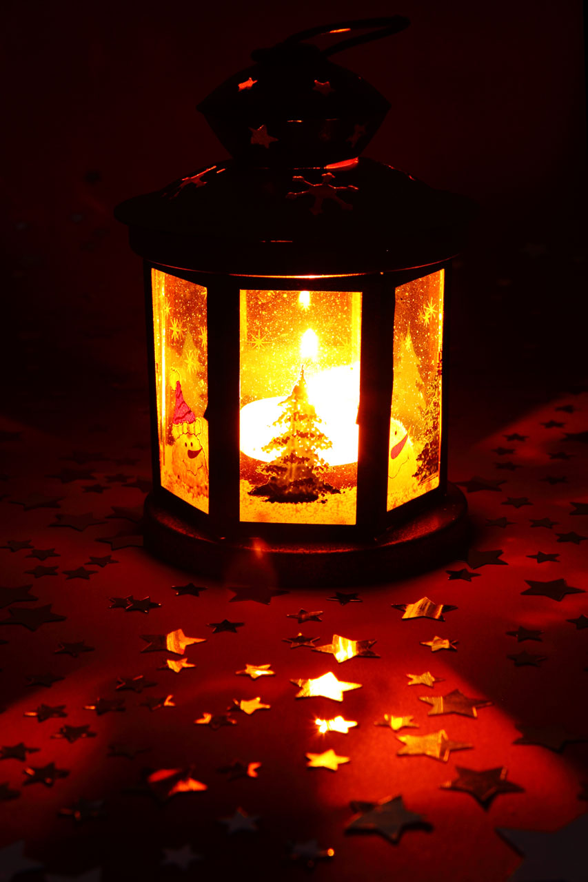 Lantern Free Stock Photo A Christmas Lantern 11711