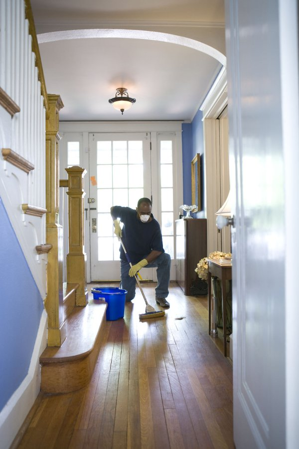 Mopping Free Stock African-american Man