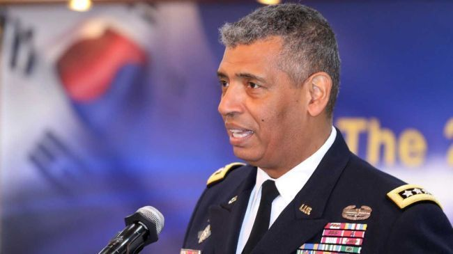 Gen. Vincent Brooks, commander of the ROK-US Combined Forces Command from 2016-2018 (Yonhap)