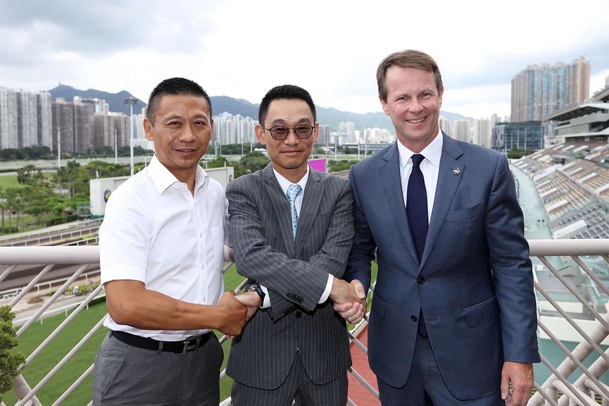 馬會新練馬師丁冠豪會見傳媒 – 賽馬新聞 – 香港賽馬會