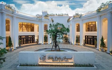 Silk Path Grand Sapa Resort & Spa Kèm Bữa Sáng