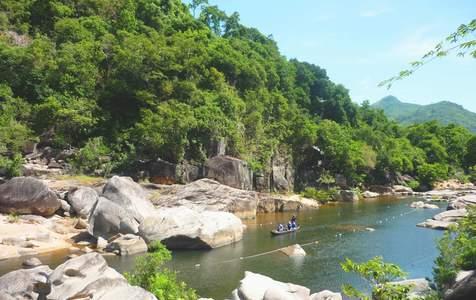Tour riêng tham quan đàn Kính Thiên, bảo tàng Quang Trung, khu du lịch Hầm Hô tại Quy Nhơn