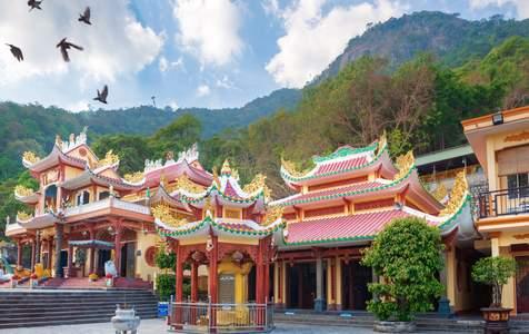Vé Cáp Treo Núi Bà Đen Ở Tây Ninh