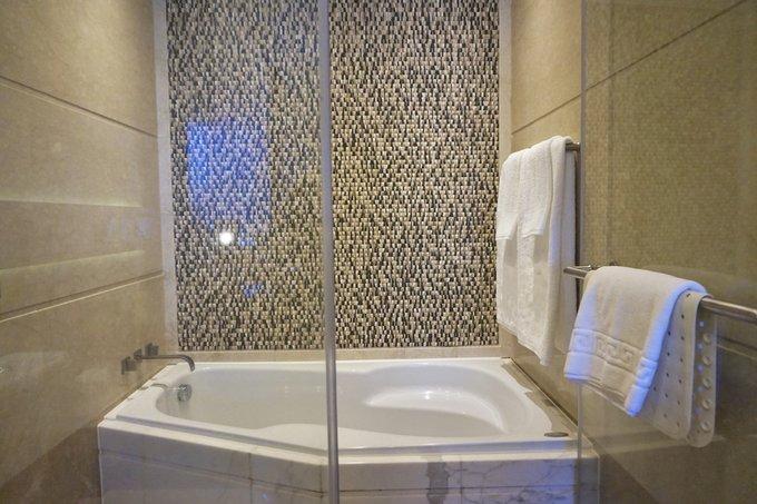港島海逸君綽酒店浴室