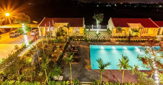 Đồng Nê Hotel & Resort
