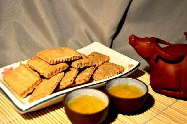 鹹餅,圖片取自澎湖【盛興製餅廠】FB粉絲團。