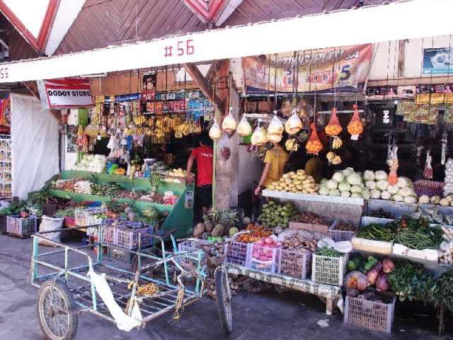 D'Talipapa 海鮮市場,圖片取自www.boracaylibrary.com。