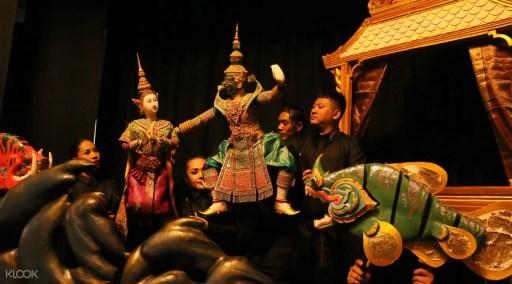 Asiatique河濱碼頭夜市Joe Louis木偶戲劇院餐廳體驗