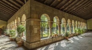 the-cloisters-museum-and-gardens-upper-west-side-new-york-city-new-york-usa_main