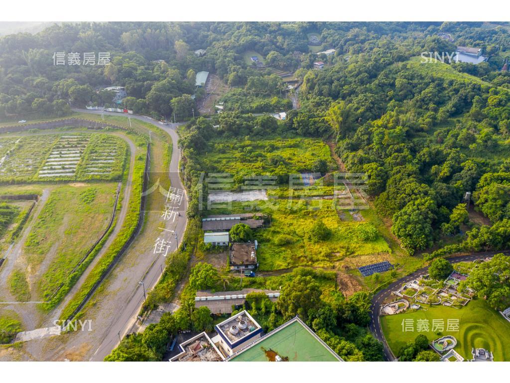 臺南市關廟區關廟約2.5甲地,總價21075萬,立即了解更多資訊
