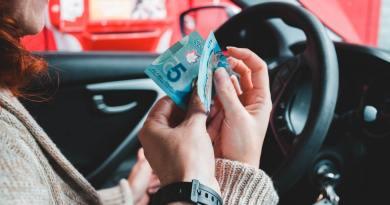 Los seguros de Tesla y la monetización de los coches