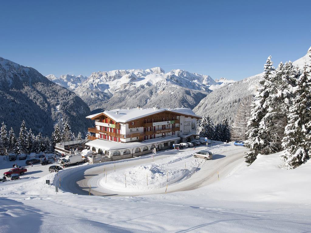Hotel Bellavista  Canazei  Loc Pecol  Val di Fassa  Trentino  Dolomiti  Sito ufficiale APT