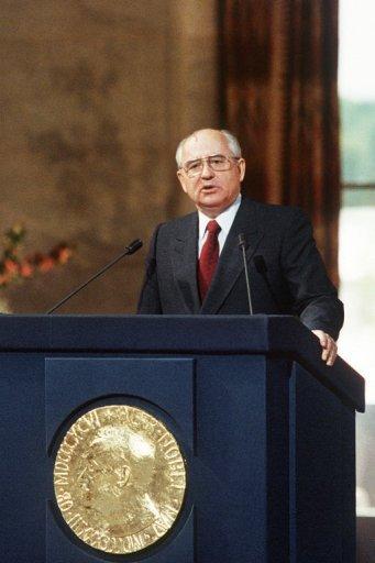 73949_mikhail-gorbatchev-prix-nobel-de-la-paix-en-1990-fait-un-discours-le-5-juin-1991-a-oslo