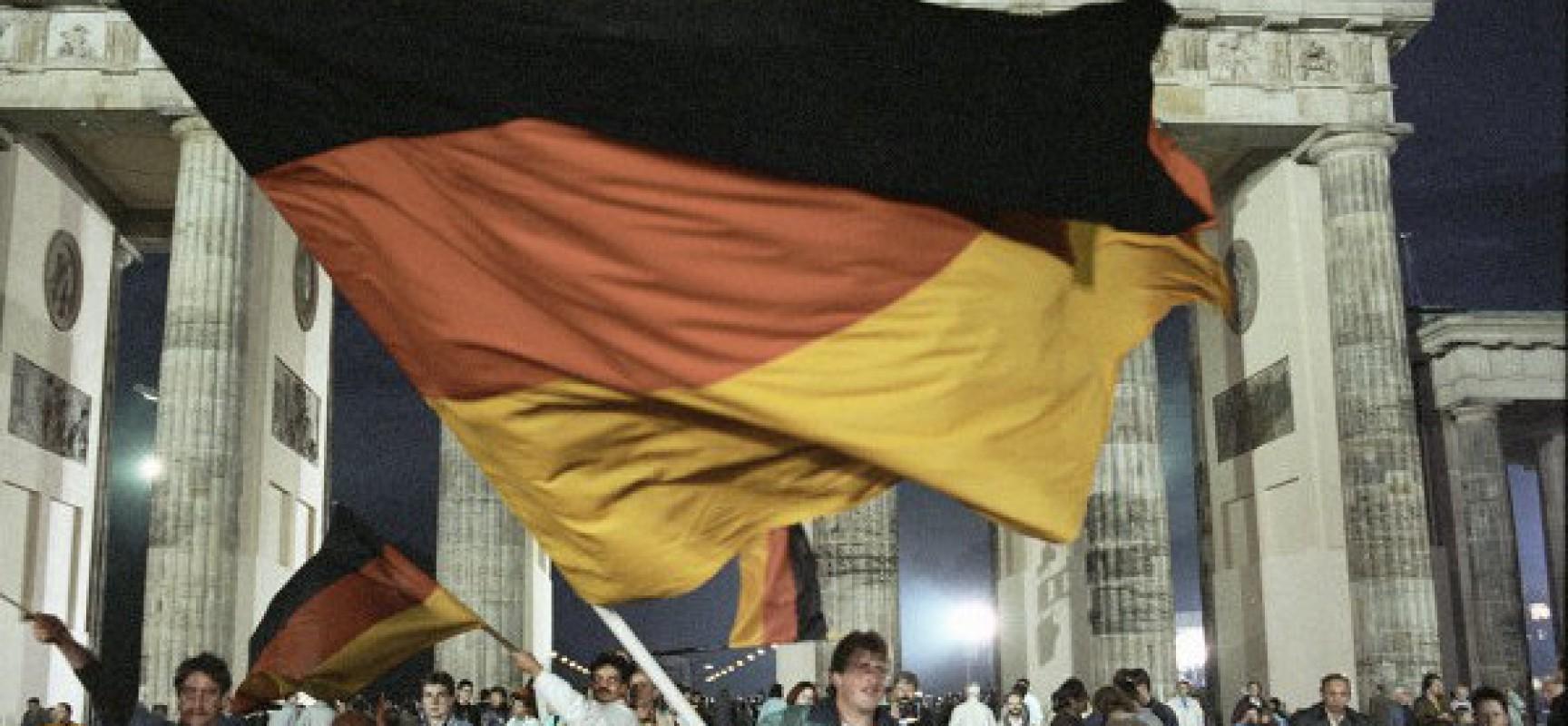 L'Allemagne recadrée par la Russie, la Grèce en faillite