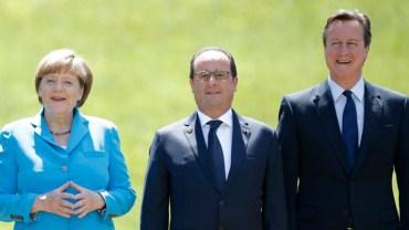 Merkel, Hollande et Cameron (Reuters/Christian Hartmann)
