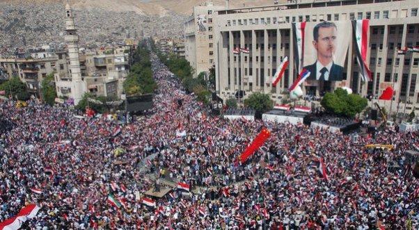 Syriens à Damas ralliés à l'appui du président Bachar al-Assad, octobre 2011