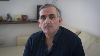 Gil Grunbaum (photo : Oren Ziv/Al Jazeera)