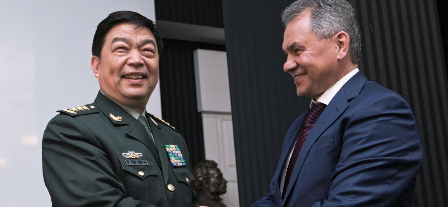 La Chine et la Russie signent la feuille de route de la coopération militaire