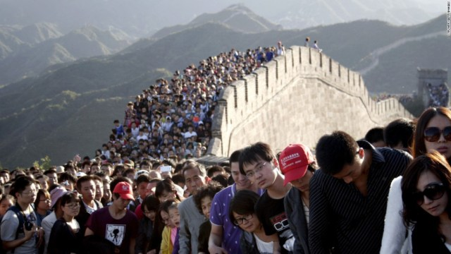 great-wall-of-china-crowded