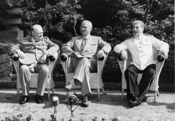 Staline, Truman et Churchill à Potsdam, Allemagne, juillet 1945