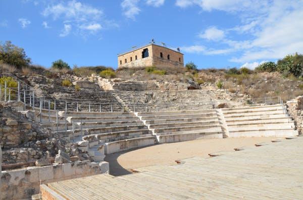 Le théâtre de Sepphoris non loin de Nazareth où est né Jésus. Carole Raddato from FRANKFURT, Germany/Wikipédia, CC BY