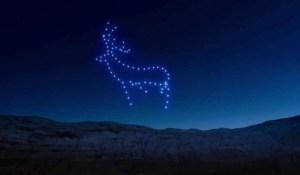 Pour le Nouvel An, 150 drones illuminent le ciel d'Edimbourg dans un ballet féérique