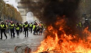L'abolition de l'État de droit et la renaissance de la violence politique