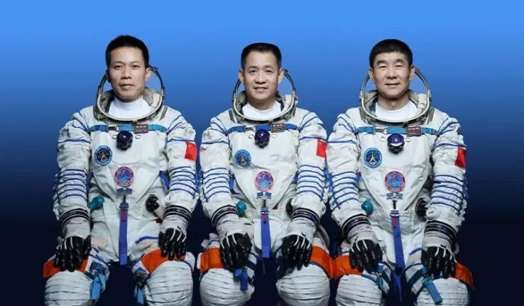 Shenzou-12 : trois taïkonautes chinois s'envolent vers la station orbitale Tiangong