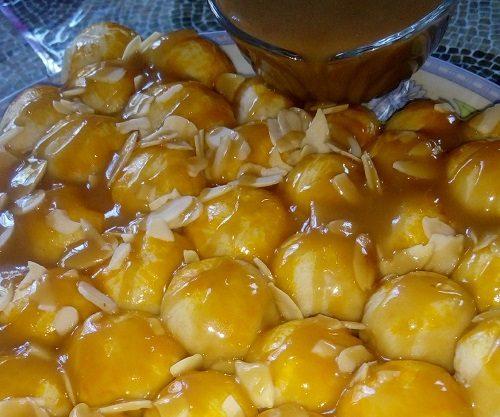 Resepi Roti Sarang Lebah dengan Sos Butterscotch