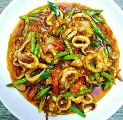 Resepi Masakan Thai Sotong Phat Phet