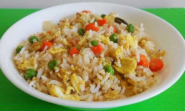 gambar nasi goreng putih saat sahur