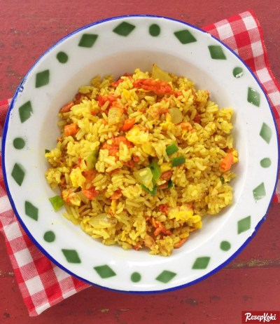 Gambar Hasil Membuat Resep Nasi Goreng Kuning Kunyit